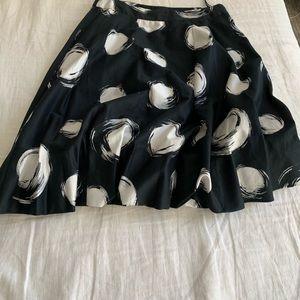 Ann Klein Black and White bubble hem skirt